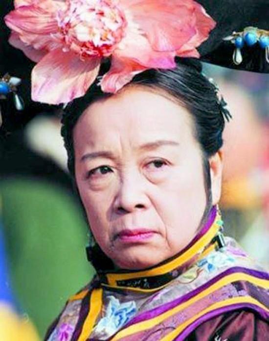 Dung Ma Ma Lý Minh Khải: Nhân vật bị ghét nhất Hoàn Châu cách cách và những điều ít biết về người phụ nữ hiền lương ngoài đời thực - Ảnh 1.