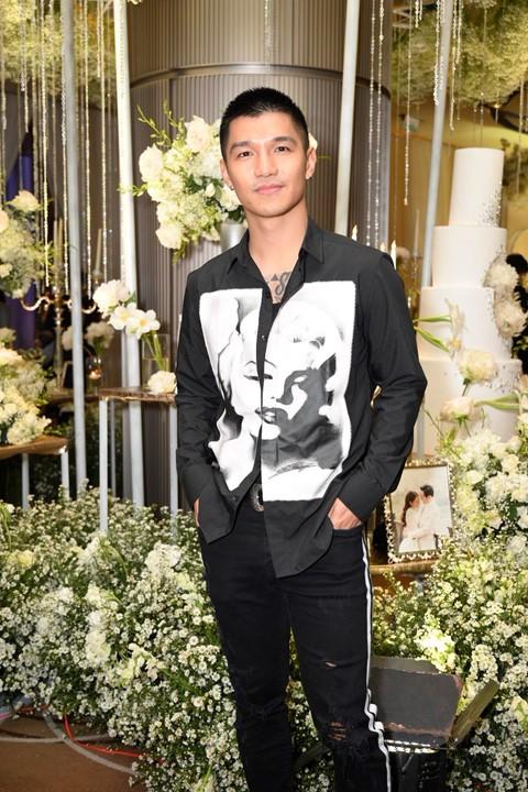 Trấn Thành cùng dàn sao dự tiệc cưới của Dương Khắc Linh và Sara Lưu - Ảnh 11.