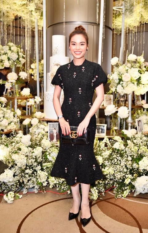 Trấn Thành cùng dàn sao dự tiệc cưới của Dương Khắc Linh và Sara Lưu - Ảnh 12.