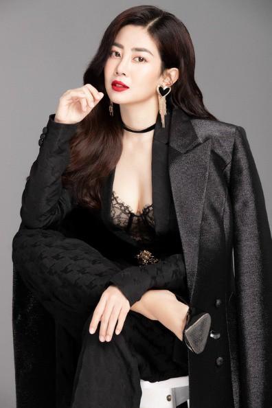 Showbiz Việt nửa đầu năm 2019: Người điều trị bệnh thành công, Hoa hậu quốc dân hứa hẹn tái xuất - Ảnh 25.