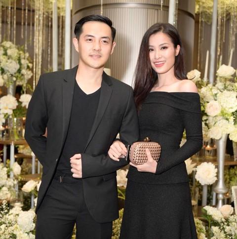 Trấn Thành cùng dàn sao dự tiệc cưới của Dương Khắc Linh và Sara Lưu - Ảnh 3.