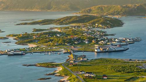 Hòn đảo Na Uy muốn trở thành nơi đầu tiên không có thời gian - Ảnh 1.