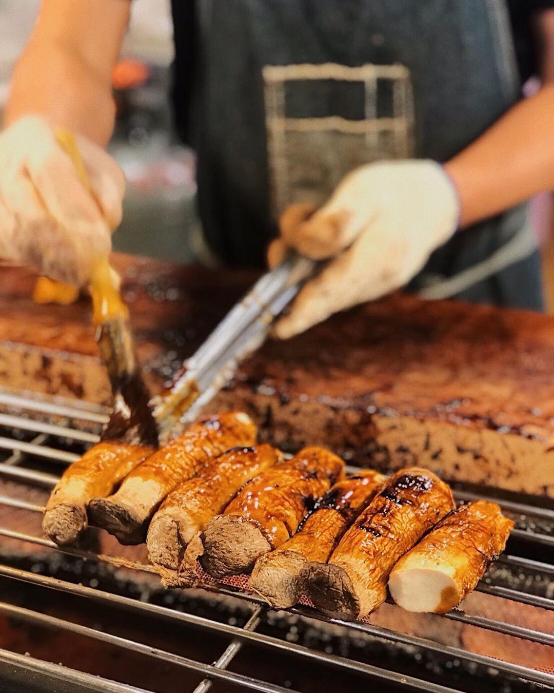 Ăn no căng bụng tại những khu chợ đêm sầm uất nhất Đài Loan - Ảnh 10.
