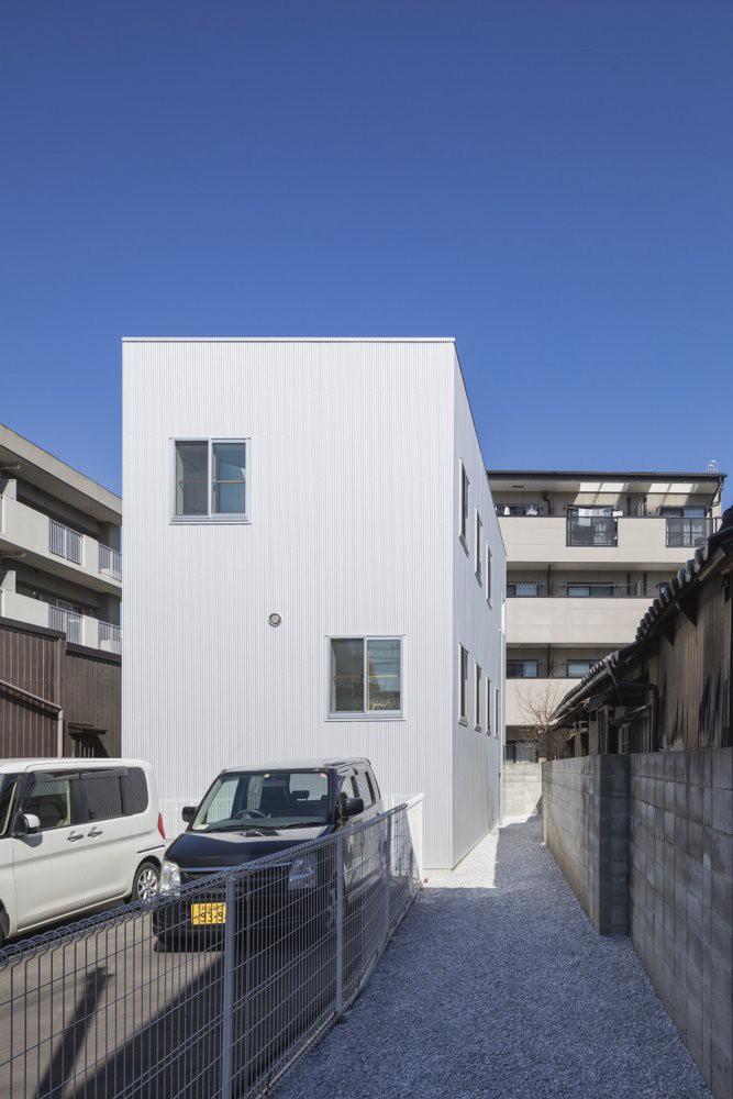 Tato-Architects-House-in-Miyamotocho-2