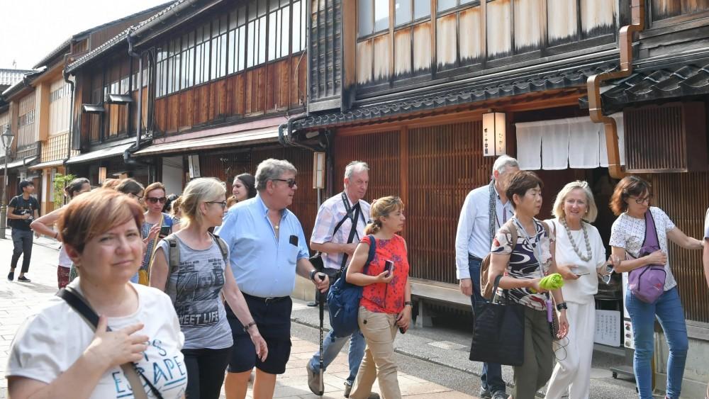 Nhật Bản 'hốt bạc' của du khách nước ngoài nhờ… du lịch nông thôn - Ảnh 1.