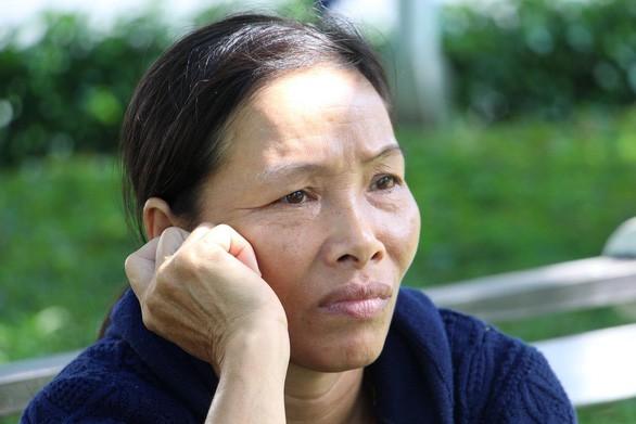 Mẹ rơi nước mắt: Xin chủ nghỉ mấy tiếng về đưa con đi thi mà không gặp - Ảnh 17.