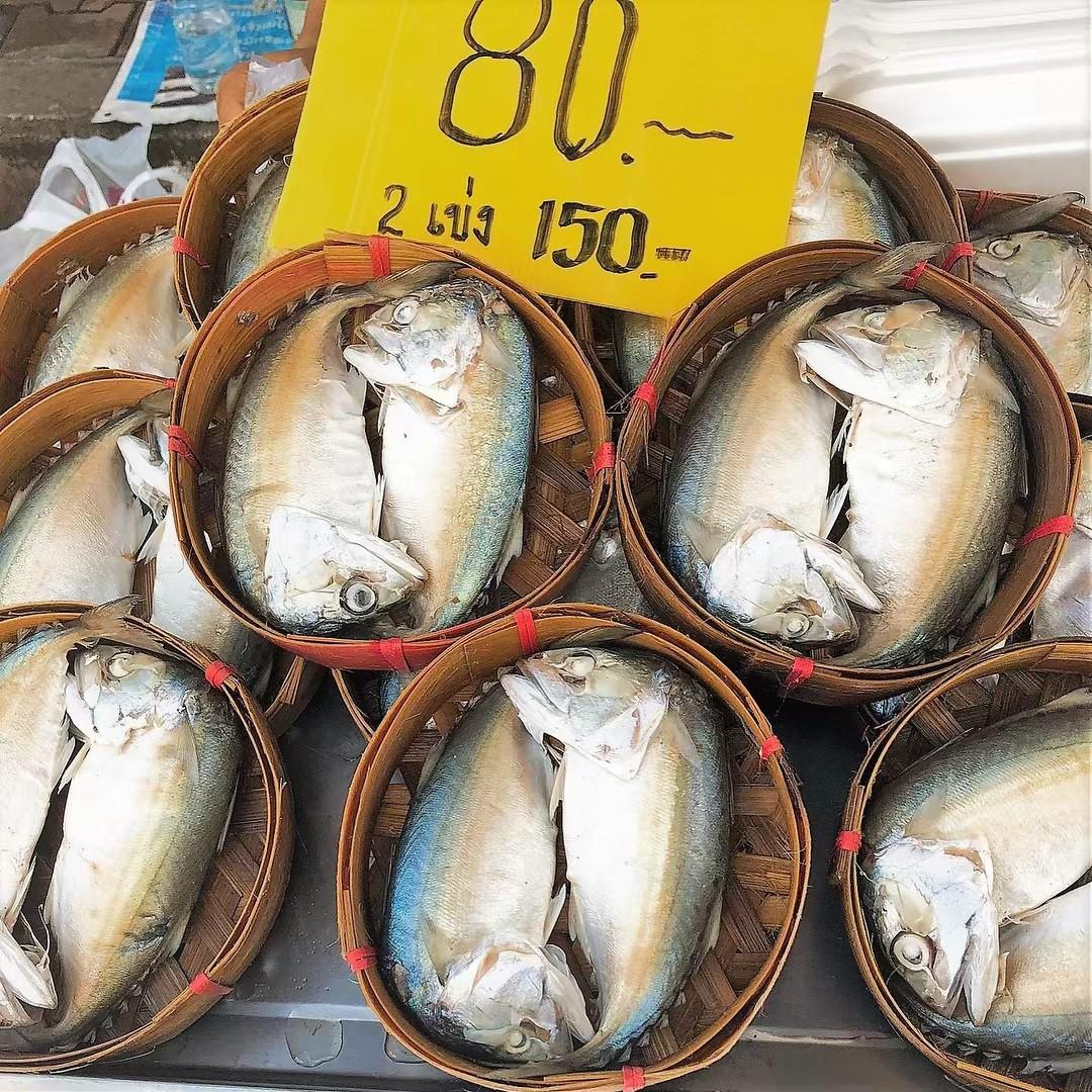 Chơi quên lối về tại những khu chợ nổi nhất định phải ghé ở Bangkok - Ảnh 11.