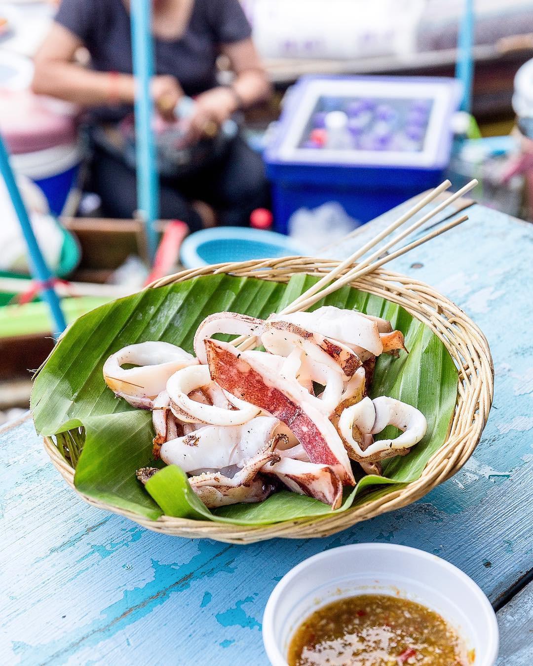 Chơi quên lối về tại những khu chợ nổi nhất định phải ghé ở Bangkok - Ảnh 12.