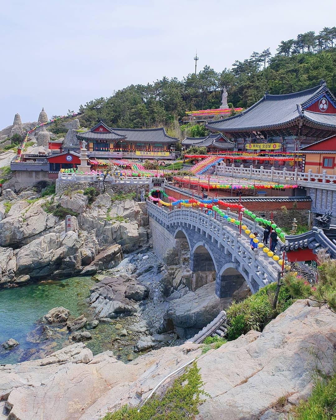 Mê mệt với những điểm đến hút khách du lịch bậc nhất Busan - Ảnh 29.