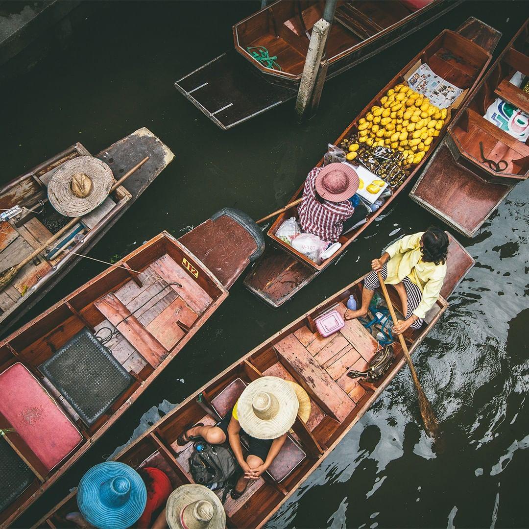 Chơi quên lối về tại những khu chợ nổi nhất định phải ghé ở Bangkok - Ảnh 5.