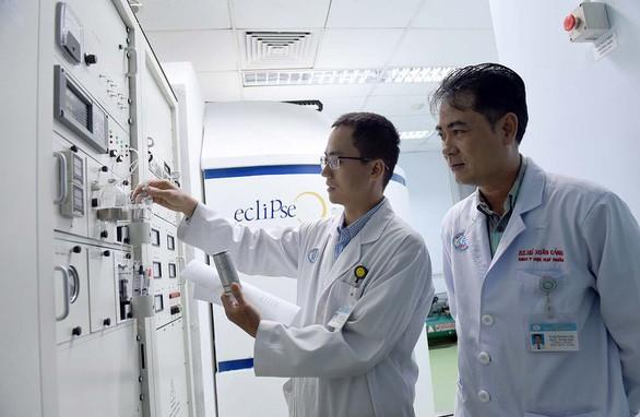 Lò thuốc phóng xạ hỏng: Bệnh nhân đi lại 4.000 cây số chụp PET/CT - Ảnh 5.