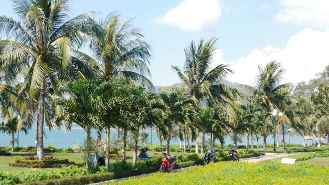 'Bứng' 3 khách sạn ngàn tỉ ven biển Quy Nhơn: Người dân hân hoan - Ảnh 4.