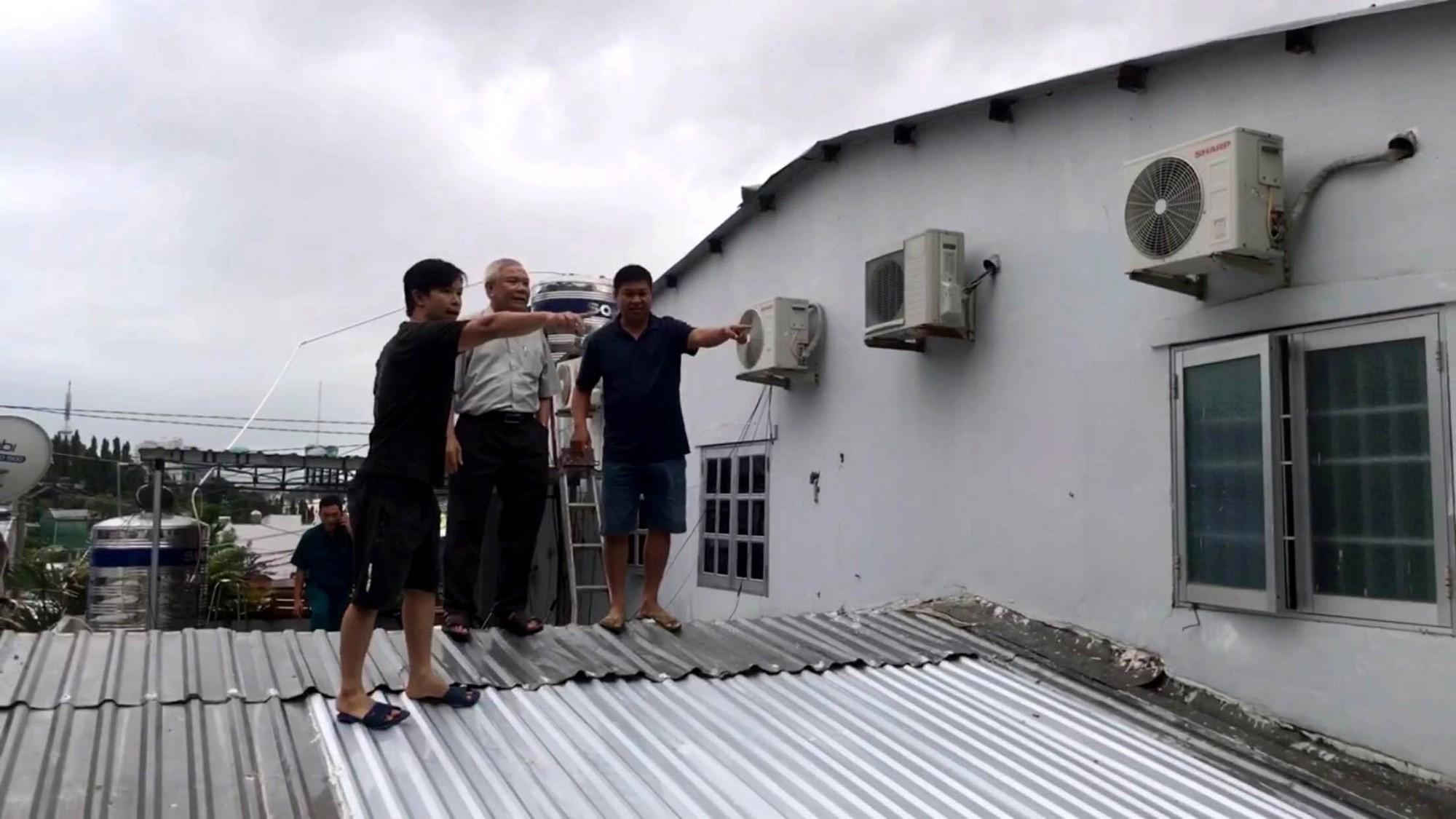 Khánh Hòa lên phương án tháo dỡ tường chắn dự án Marina Hill uy hiếp nhà dân - Ảnh 2.