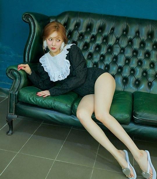 Những mĩ nhân Kpop sở hữu thân hình siêu nóng bỏng khiến fan muốn giảm cân đón hè ngay tức khắc - Ảnh 4.