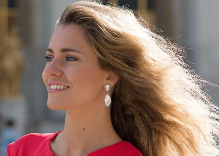 Vẻ đẹp đài các của Hoa hậu Quốc tế Pháp 2019  - Ảnh 7.