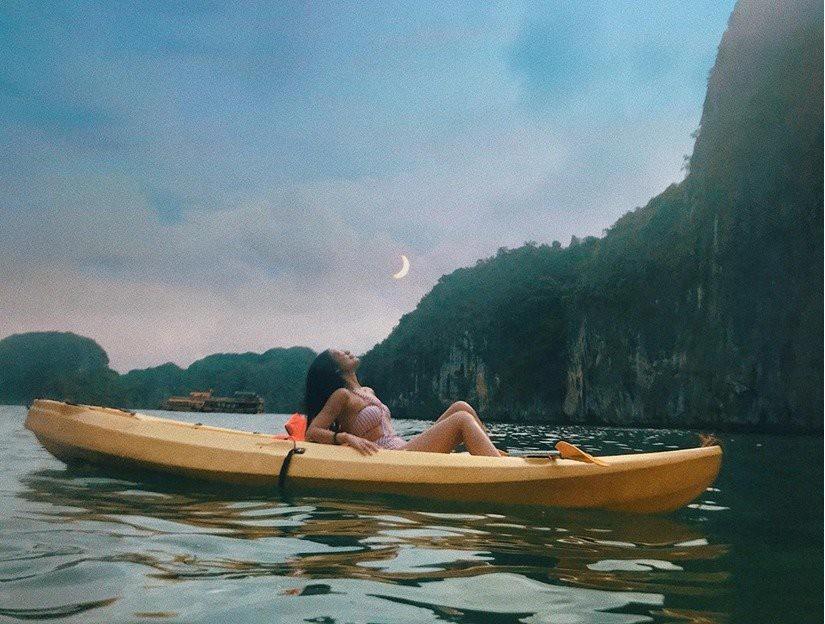 Kinh nghiệm du lịch vịnh Lan Hạ - biển xanh cát trắng ngay gần Hà Nội - Ảnh 4.