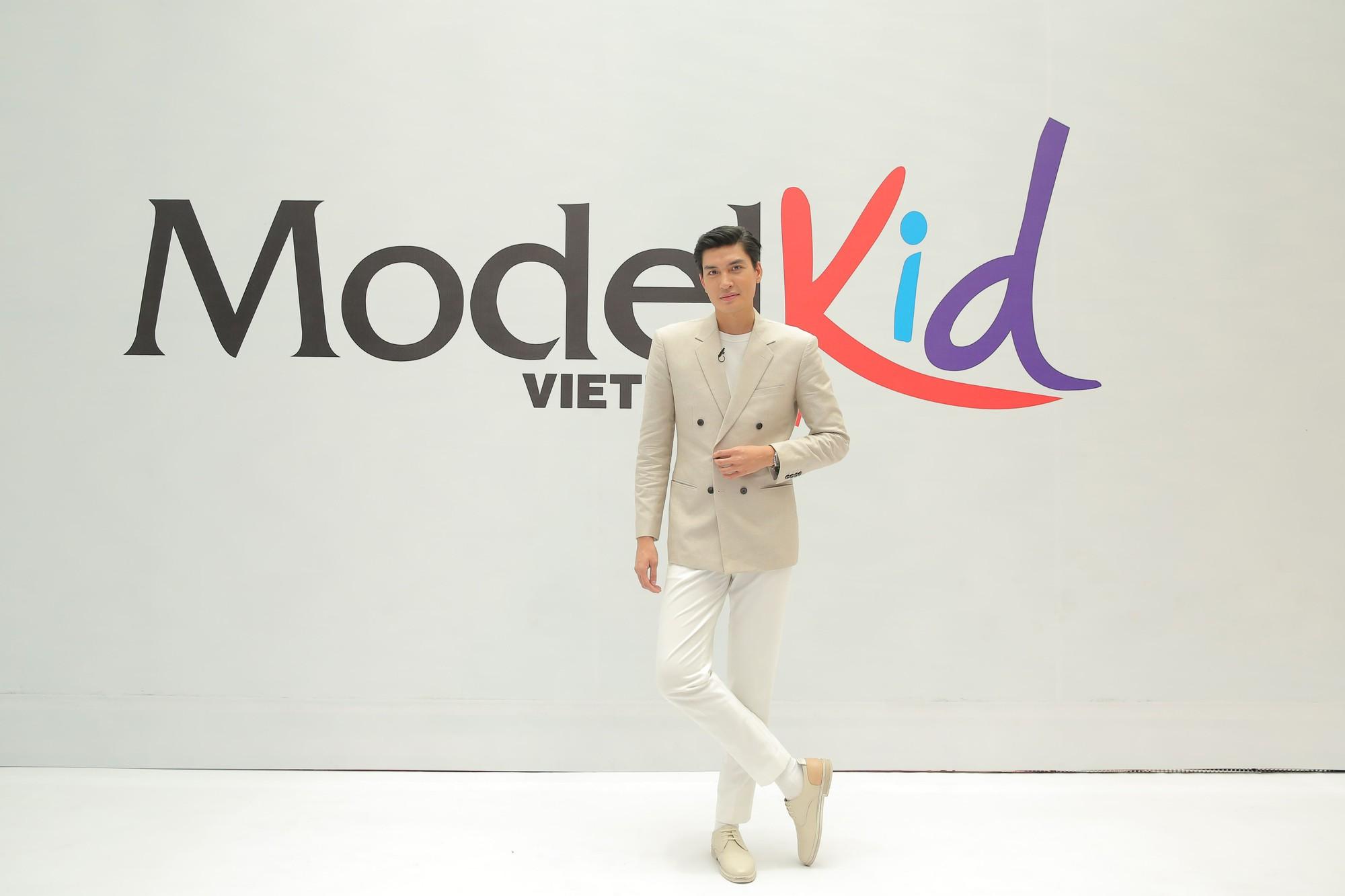 Bà Trang Lê - giám đốc sản xuất Model Kid Vietnam: Tôi rất bức xúc khi nhiều nơi dạy các bé trình diễn như người lớn - Ảnh 4.