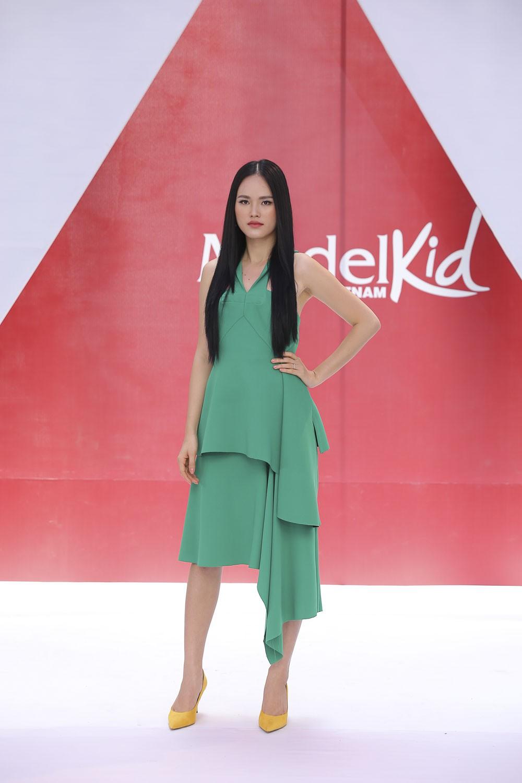 Bà Trang Lê - giám đốc sản xuất Model Kid Vietnam: Tôi rất bức xúc khi nhiều nơi dạy các bé trình diễn như người lớn - Ảnh 2.