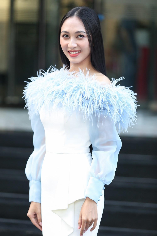 Người quen nào sáng giá nhất trong cuộc đua vương miện Hoa hậu Thế giới Việt Nam 2019?   - Ảnh 4.