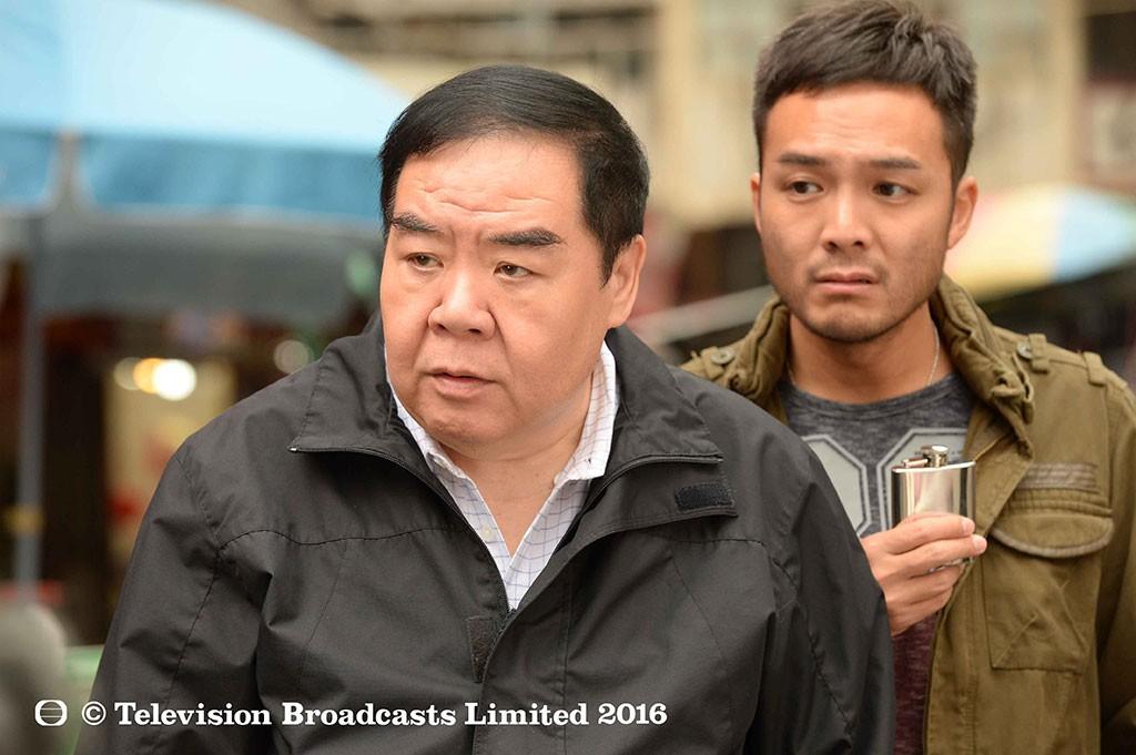 Chàng mập TVB Trịnh Tắc Sĩ: Lao đao vì nợ nần, bị bạn thân trở mặt và vết chàm đóng phim cấp 3 để trả nợ - Ảnh 4.