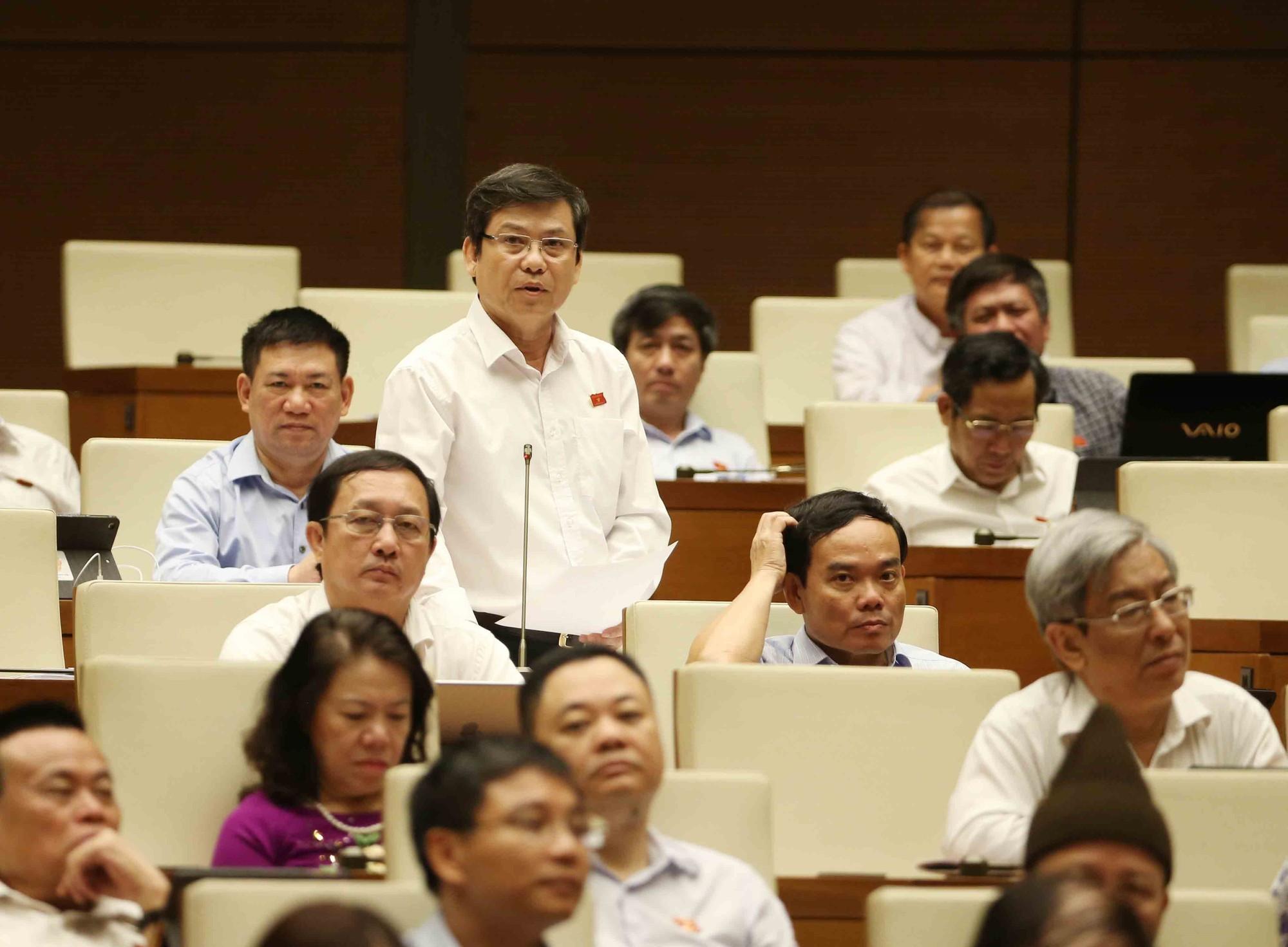 [Video] Bộ trưởng Phạm Hồng Hà: Trụ sở các cơ quan nhà nước chưa được bàn giao nên chưa xử lý - Ảnh 5.