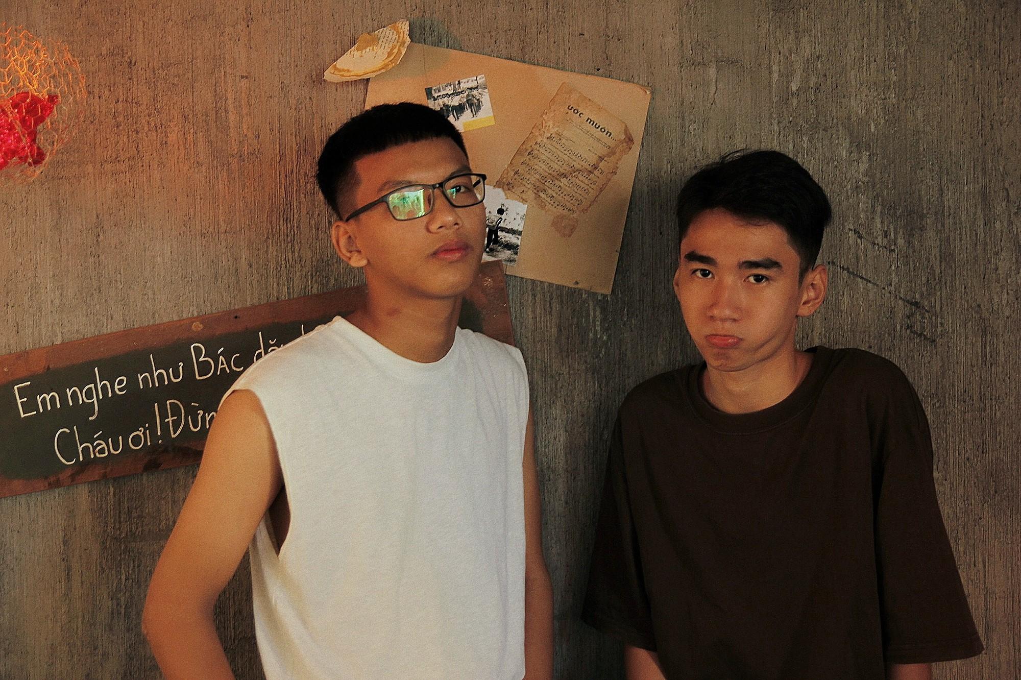 Bộ ảnh rất tình của cặp LGBT điển trai khiến cộng đồng mạng thổn thức - Ảnh 7.