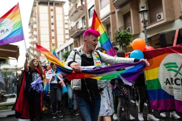 Tháng Tự hào LGBT 2019: Những hình ảnh ấn tượng trên thế giới - Ảnh 12.