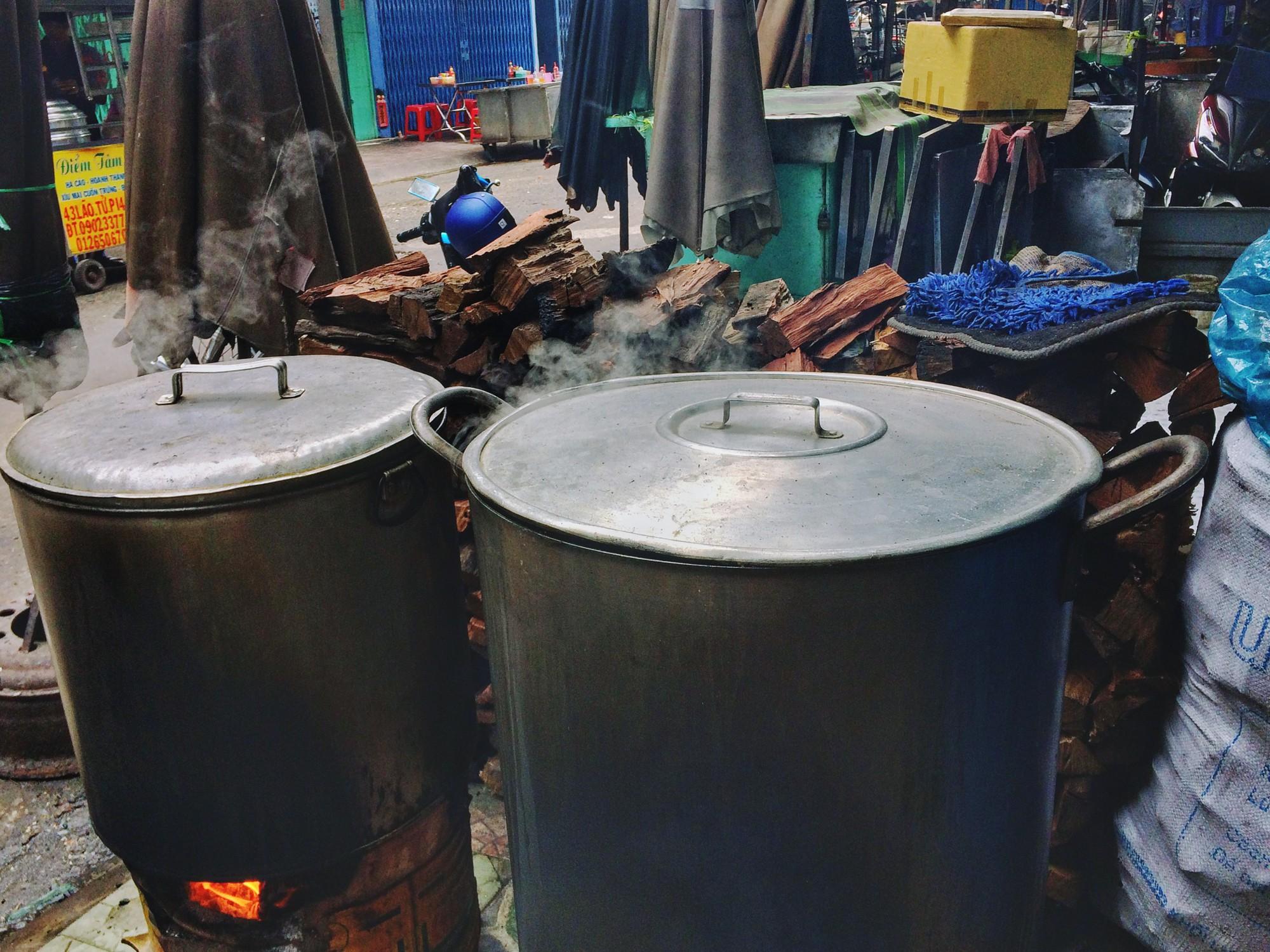 Bánh ú bá trạng - tinh hoa ẩm thực người Hoa vào dịp Tết Đoan Ngọ  - Ảnh 5.