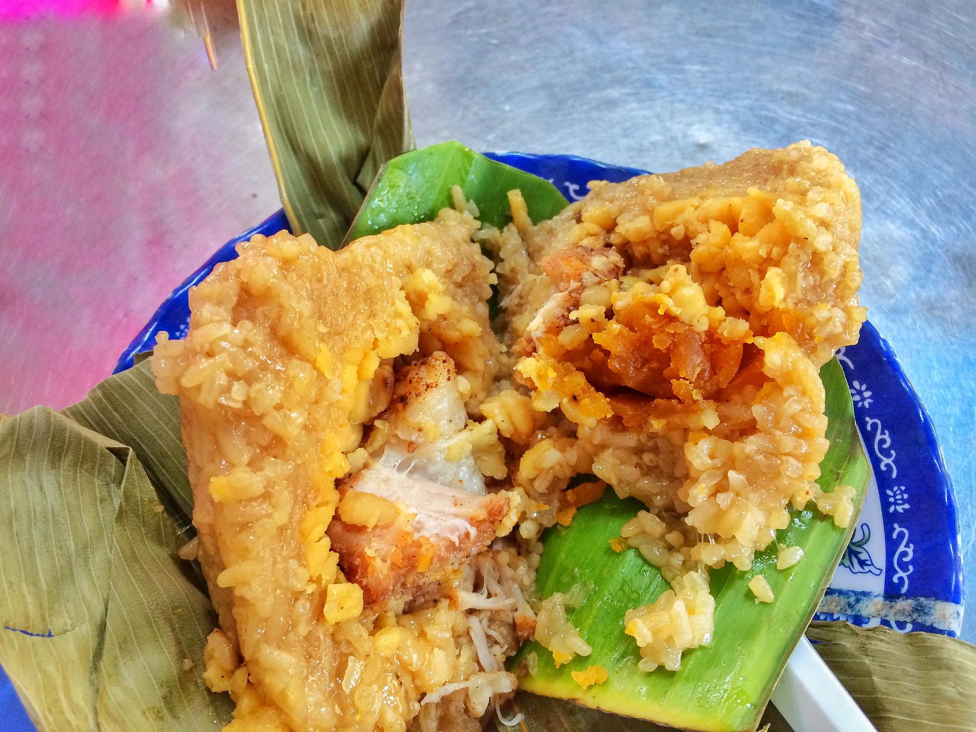 Bánh ú bá trạng - tinh hoa ẩm thực người Hoa vào dịp Tết Đoan Ngọ  - Ảnh 6.