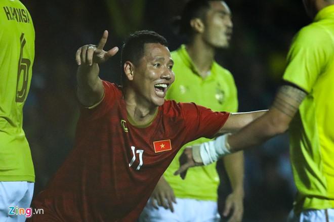 Cầu thủ Thái Lan mất khoản thưởng lớn vì thua đau Việt Nam - Ảnh 1.