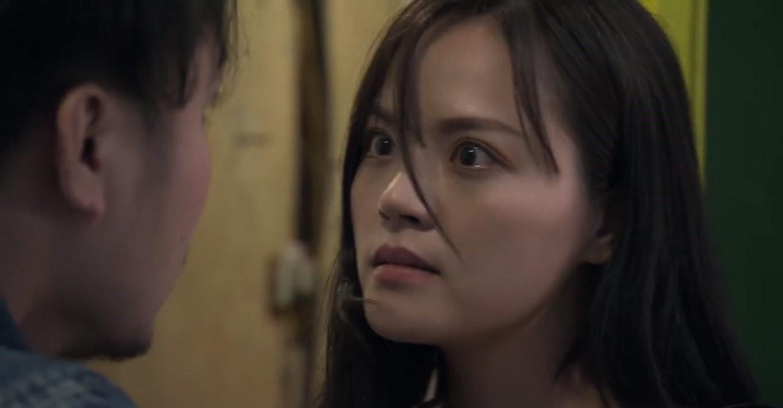 Về nhà đi con tập 38: Huệ bị vợ Thành tìm đến tận quán ăn dằn mặt, suýt bị chồng cưỡng hiếp lần 2 và gặp tai nạn khi bỏ nhà đi - Ảnh 13.