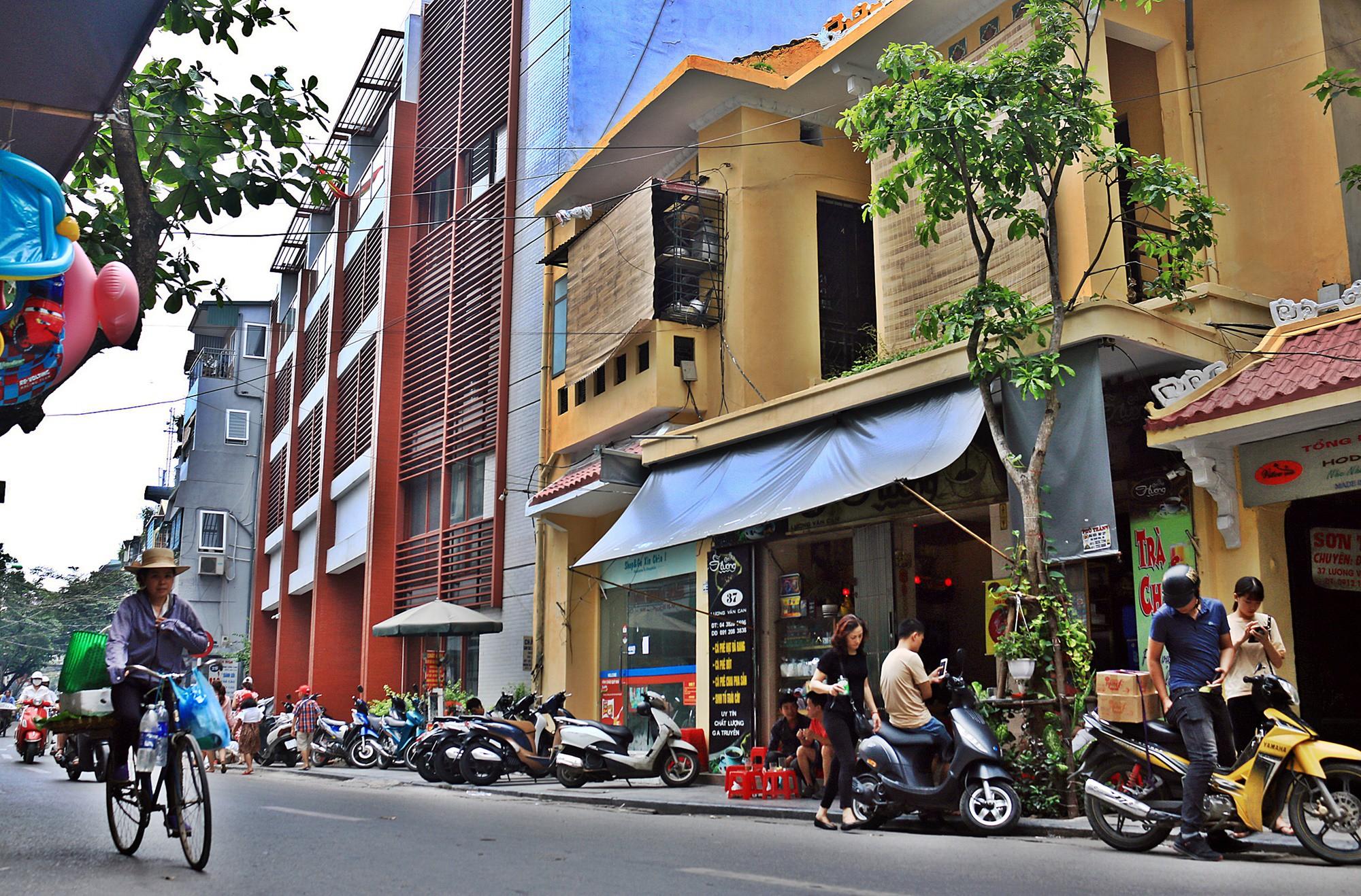 Hà Nội: Chỉnh trang nhiều ngôi nhà trên phố cổ để hút du khách - Ảnh 3.