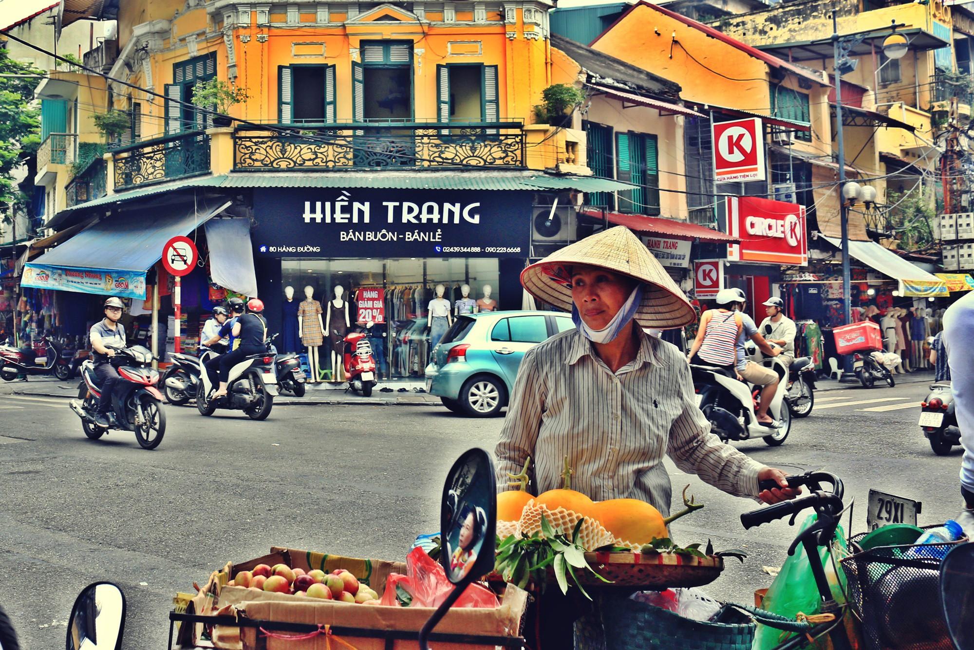 Hà Nội: Chỉnh trang nhiều ngôi nhà trên phố cổ để hút du khách - Ảnh 5.