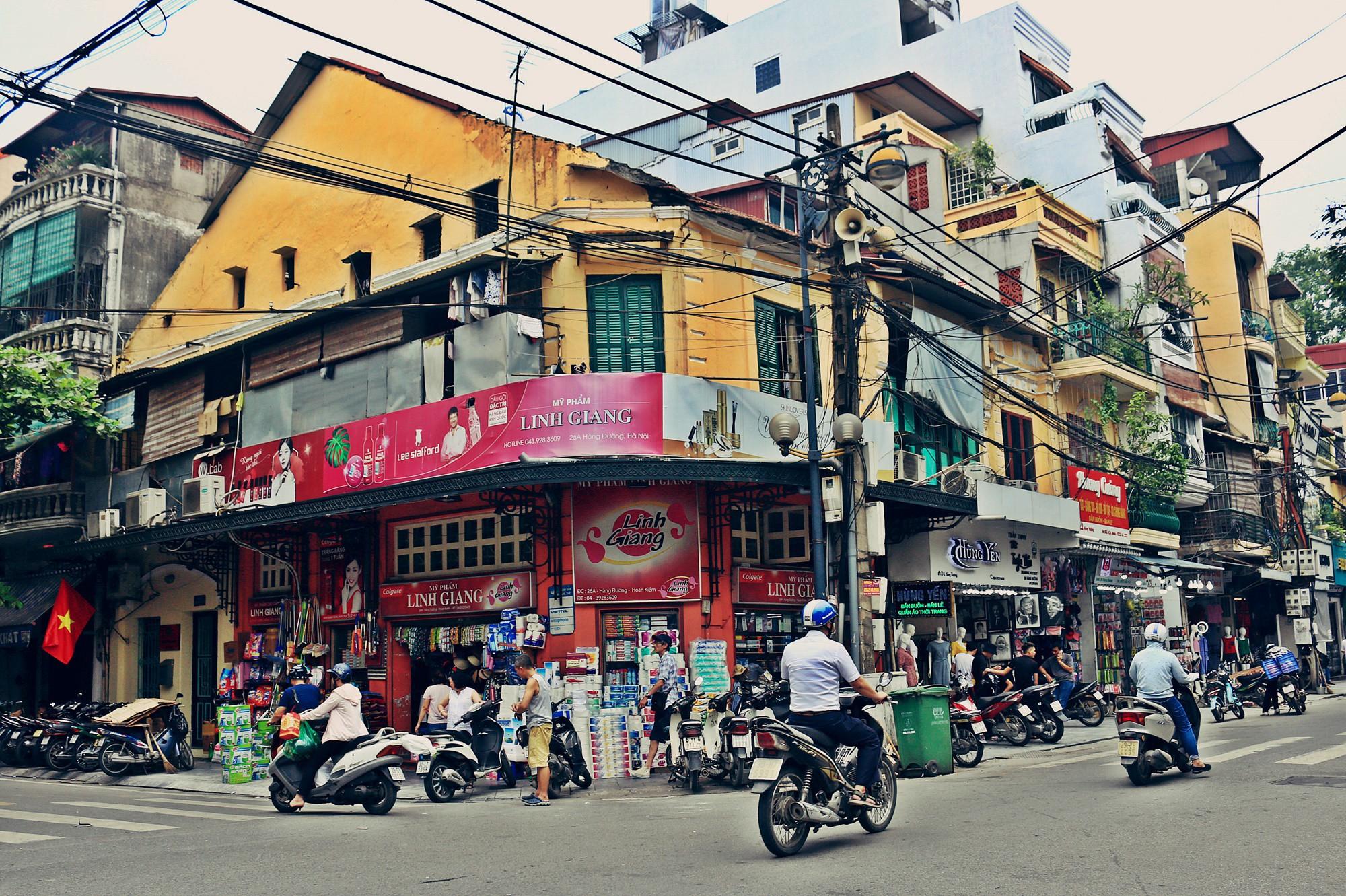 Hà Nội: Chỉnh trang nhiều ngôi nhà trên phố cổ để hút du khách - Ảnh 4.
