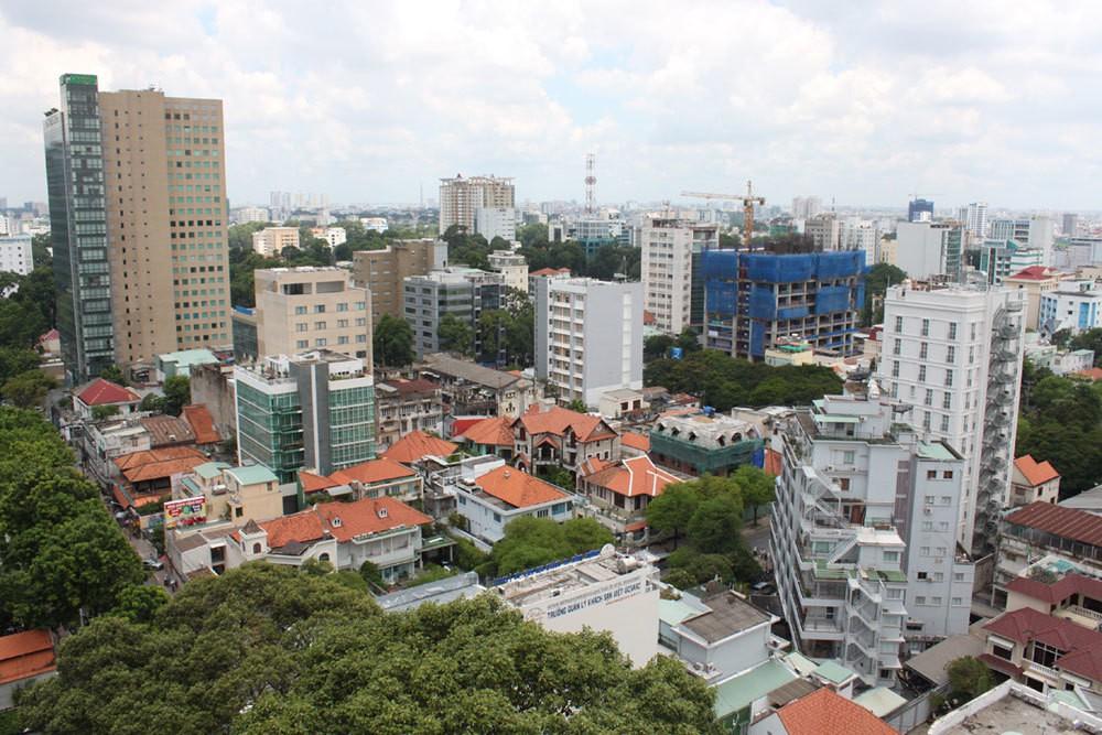 Hẹp cửa vốn, DN dừng mở mới dự án bất động sản - Ảnh 1.