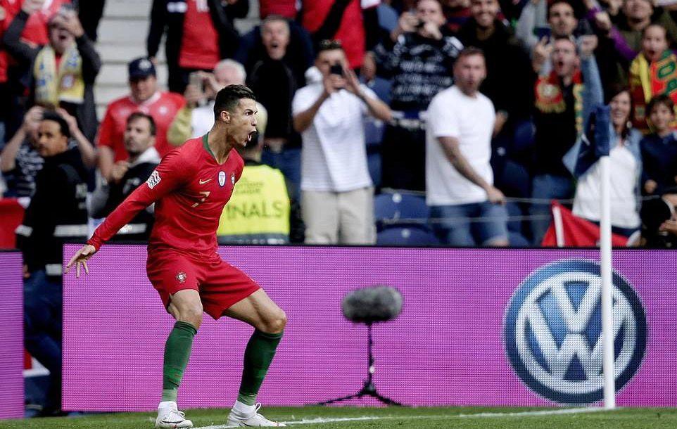 Ronaldo lập hat-trick, Bồ Đào Nha vào chung kết Nations League - Ảnh 4.