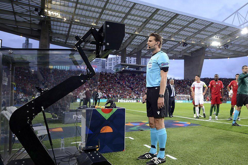 Ronaldo lập hat-trick, Bồ Đào Nha vào chung kết Nations League - Ảnh 5.