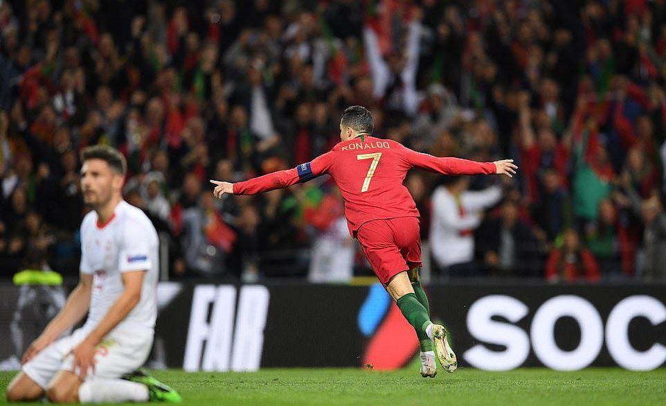 Ronaldo lập hat-trick, Bồ Đào Nha vào chung kết Nations League - Ảnh 8.