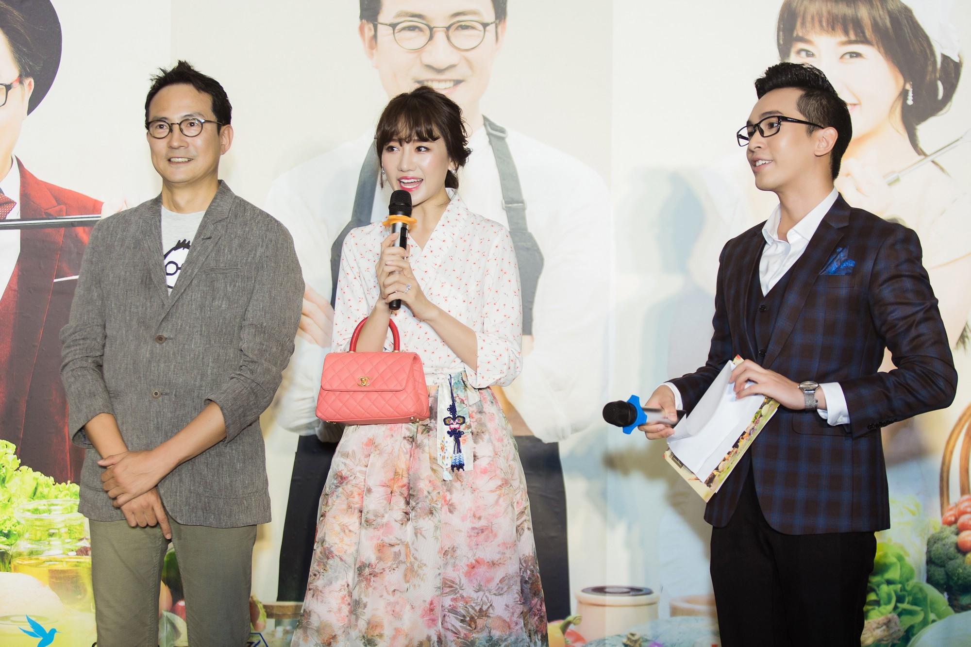 Đại Nghĩa tố Hari Won háu ăn, thường xuyên xin đồ ăn của khách mời - Ảnh 2.