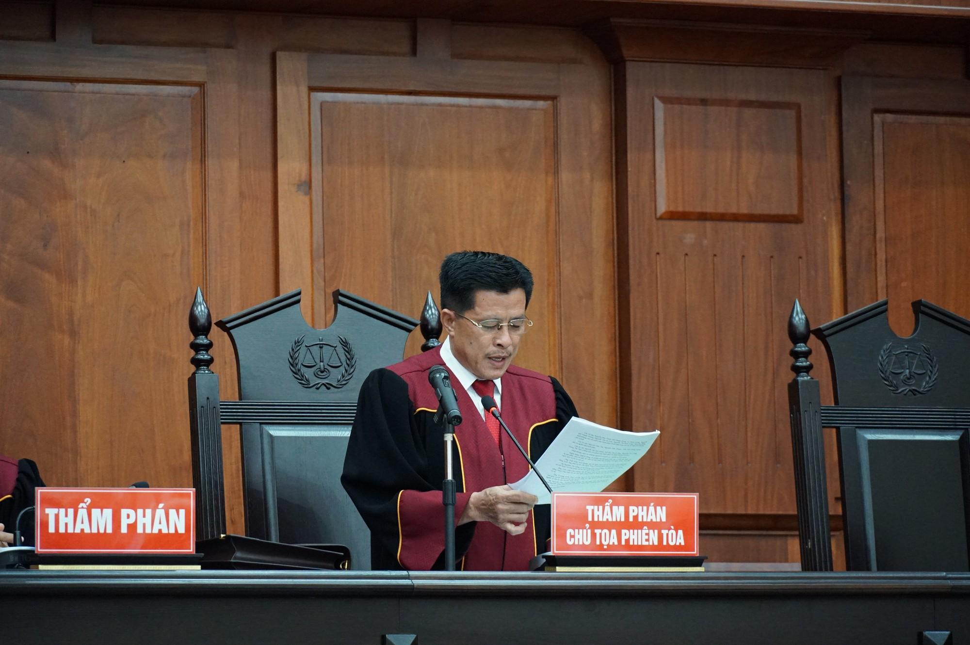 Vũ nhôm tươi cười dù kêu oan bất thành trong đại án 3.600 tỉ ở ngân hàng Đông Á - Ảnh 7.