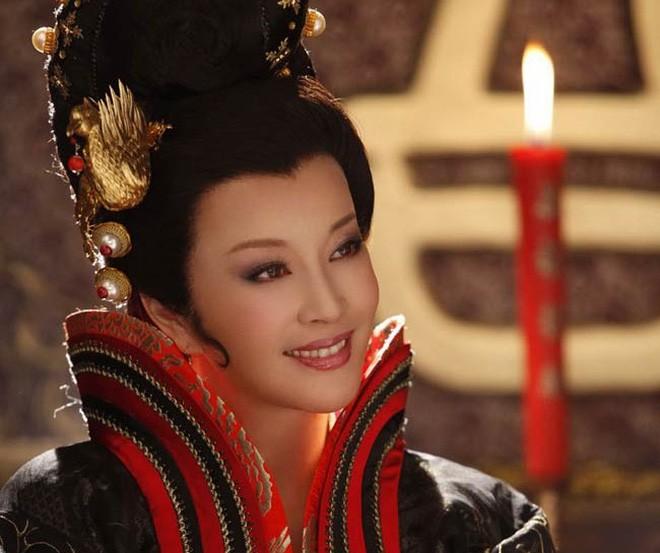 Những sao nữ Hoa ngữ tài sắc vẹn toàn nhưng lận đận tình duyên - Ảnh 11.