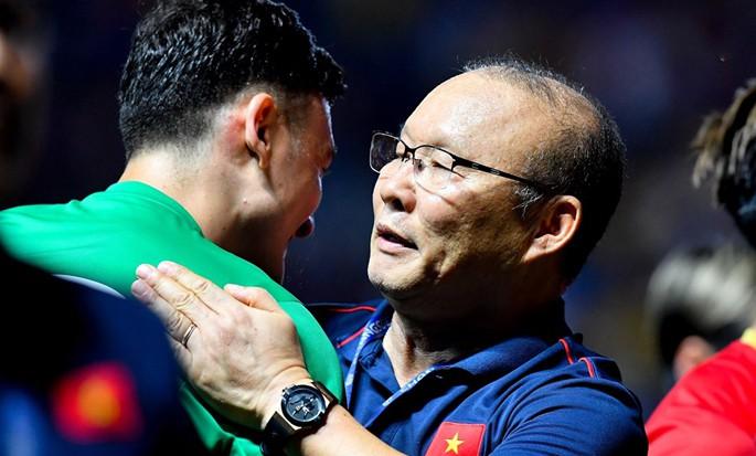 Chuyên gia: Tuyển Việt Nam cần tạo bứt phá bằng cầu thủ nhập tịch - Ảnh 3.
