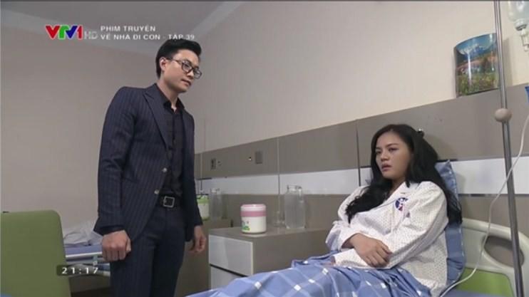 Về nhà đi con tập 39: Bắt gặp Thành - Huệ ôm ấp nhau trong bệnh viện, ông Sơn đùng đùng bỏ đi, Khải dùng mũ cối phang tình địch - Ảnh 4.
