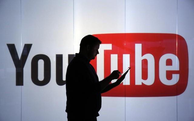 Gần 8.000 video clip có nội dung xấu độc đã được gỡ bỏ trên YouTube theo yêu cầu của Việt Nam - Ảnh 1.