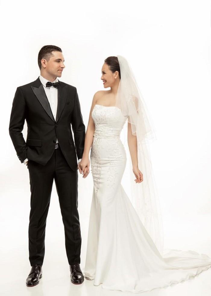 Ngắm ảnh cưới lãng mạn của MC Phương Mai cùng với chồng Tây  - Ảnh 6.