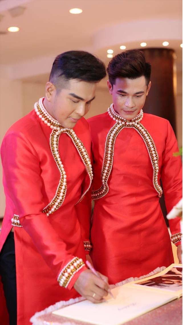 Đám cưới của cặp LGBT điển trai khiến cư dân mạng xôn xao: Hạnh phúc luôn là sự chân thành và chia sẻ  - Ảnh 7.