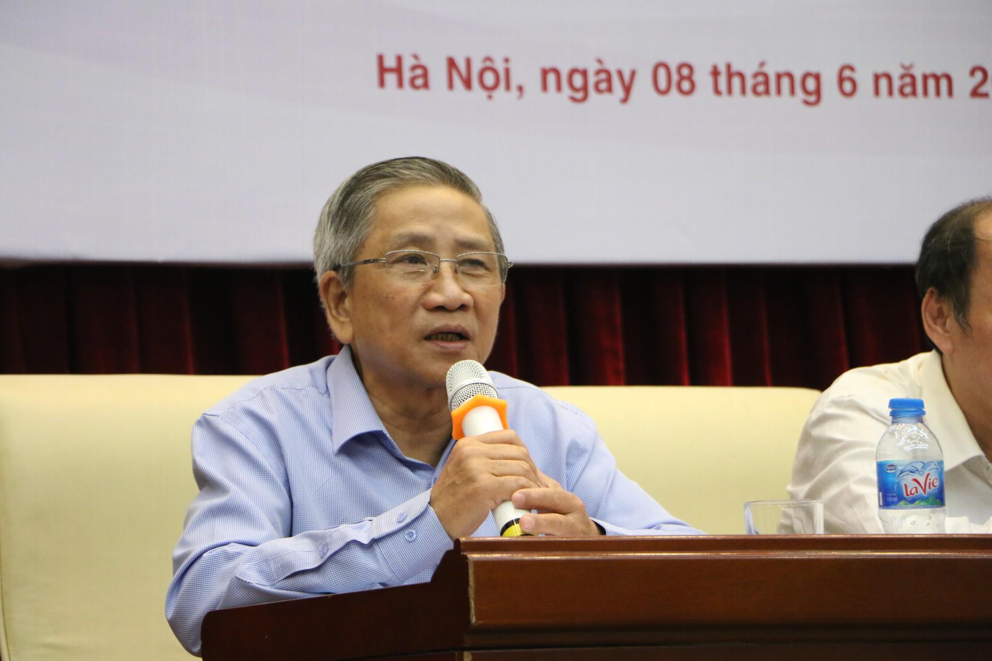 GS Nguyễn Minh Thuyết: Đã có 4 - 5 nhà xuất bản chuẩn bị sách giáo khoa cho chương trình GDPT mới - Ảnh 1.