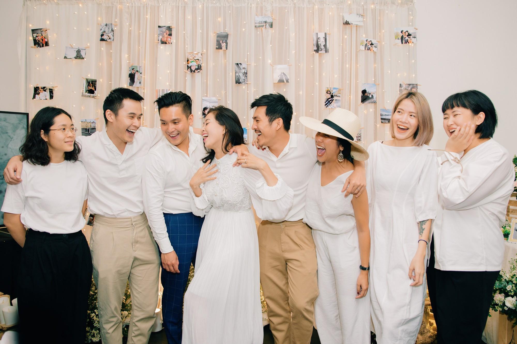 Chân dung bạn trai Việt Kiều vừa cầu hôn MC Liêu Hà Trinh   - Ảnh 8.