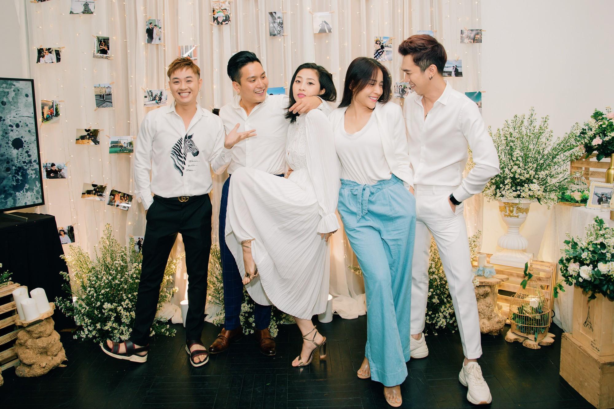 Chân dung bạn trai Việt Kiều vừa cầu hôn MC Liêu Hà Trinh   - Ảnh 9.