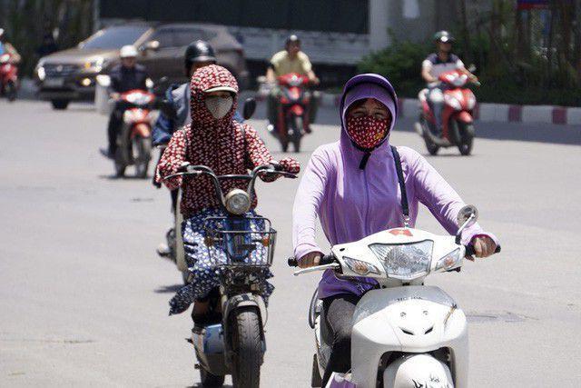 Hà Nội có nơi nắng nóng trên 38 độ - Ảnh 1.